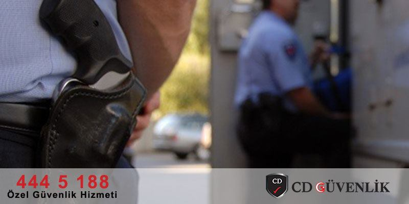 Silahlı Güvenlik Görevlisi ve Riskler Hakkında